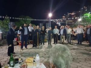 Τρίκαλα: Ο θρυλικός «χορός των γερόντων» στο Γαρδίκι – video