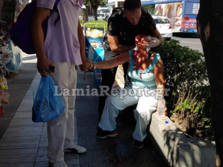 Λαμία: Επιχείρησε να σφάξει τη γυναίκα του στην πλατεία – Σκληρές εικόνες