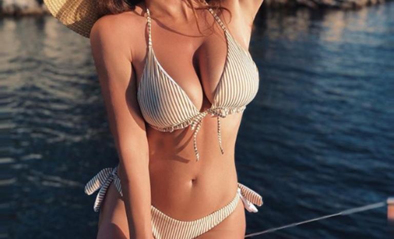 """Μπήκε ολόγυμνη στην πισίνα και μοίρασε """"εγκεφαλικά"""" στους followers της! [pics]"""