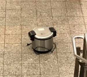 Συναγερμός στο Μανχάταν – Ύποπτο αντικείμενο σε σταθμό τρένου [pics]