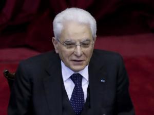 Ο Ιταλός Πρόεδρος επιδιώκει σύντομη λύση στον γρίφο κυβέρνηση ή εκλογές