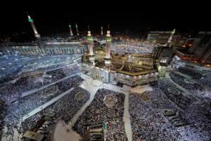 Μέκκα: Εκατομμύρια μουσουλμάνοι συρρέουν για προσκύνημα