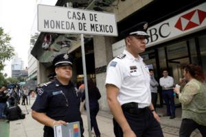 Μεξικό: Ληστεία αλά… Casa de Papel! Έκλεψαν 1.500 χρυσά νομίσματα