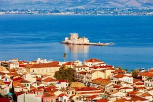Η καλή πράξη Έλληνα ηθοποιού προς ένα ζευγάρι τουριστών στο Ναύπλιο!