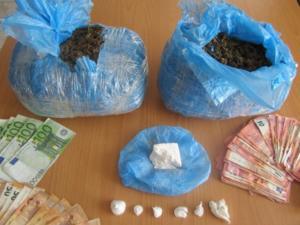 Λαμία: Τον «τσίμπησαν» στην πλατεία «φορτωμένο» με κοκαΐνη