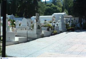 Φρίκη σε νεκροταφείο του Ναυπλίου – Βρέθηκε νεκρό έμβρυο εκτός τάφου