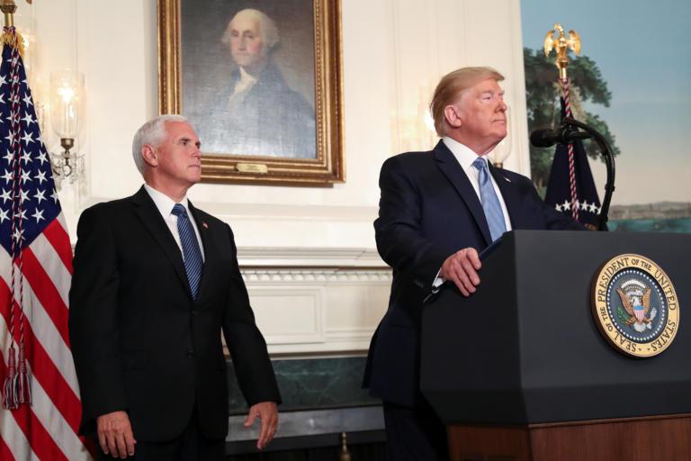 """Τραμπ: Αποκάλυψε πως… κρατά το """"νούμερο δύο"""" του!"""