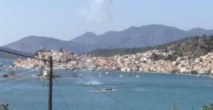 Πόρος: Η στιγμή της πτώσης του ελικοπτέρου στη θάλασσα