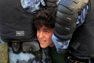 Ρωσία: Συνεχίζονται οι συλλήψεις για την διαδήλωση στις 27 Ιουλίου