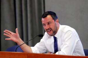 Νέες απειλές από Σαλβίνι! Ζητά άμεσα εκλογές και όχι νέα συγκυβέρνηση