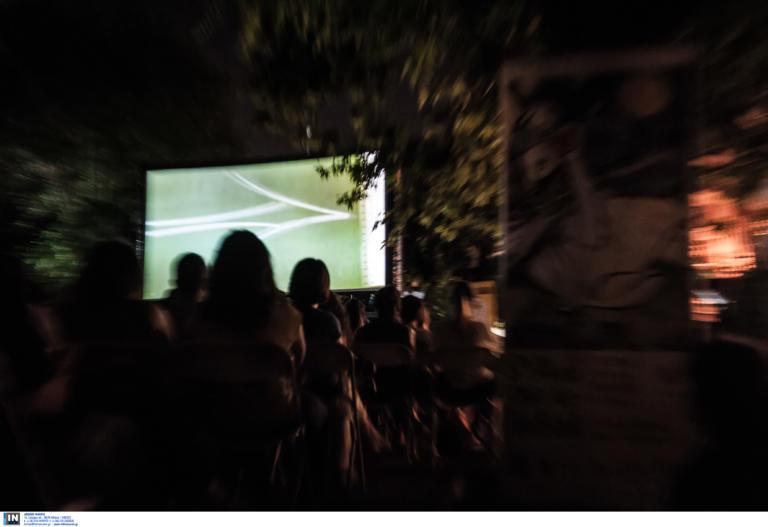 Το θερινό σινεμά του 1930 στον Βόλο και το... καθημερινό Mamma mia στην Σκιάθο
