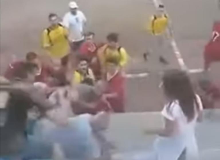Άγριο ξύλο στα Τρίκαλα! «Έπαιξαν» μπουνιές σε φιλικό αγώνα – video