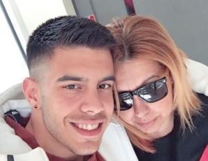 Βάσεις 2019: Η μάνα έβαλε τα γυαλιά στον γιο της – Η πρωτιά και η μέρα που δεν θα ξεχάσουν ποτέ!