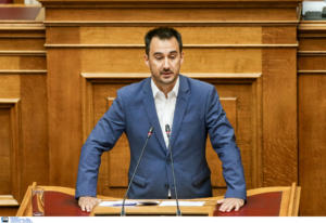 Χαρίτσης για Σαμοθράκη: Μην ενοχλείτε, η κυβέρνηση βρίσκεται σε διακοπές