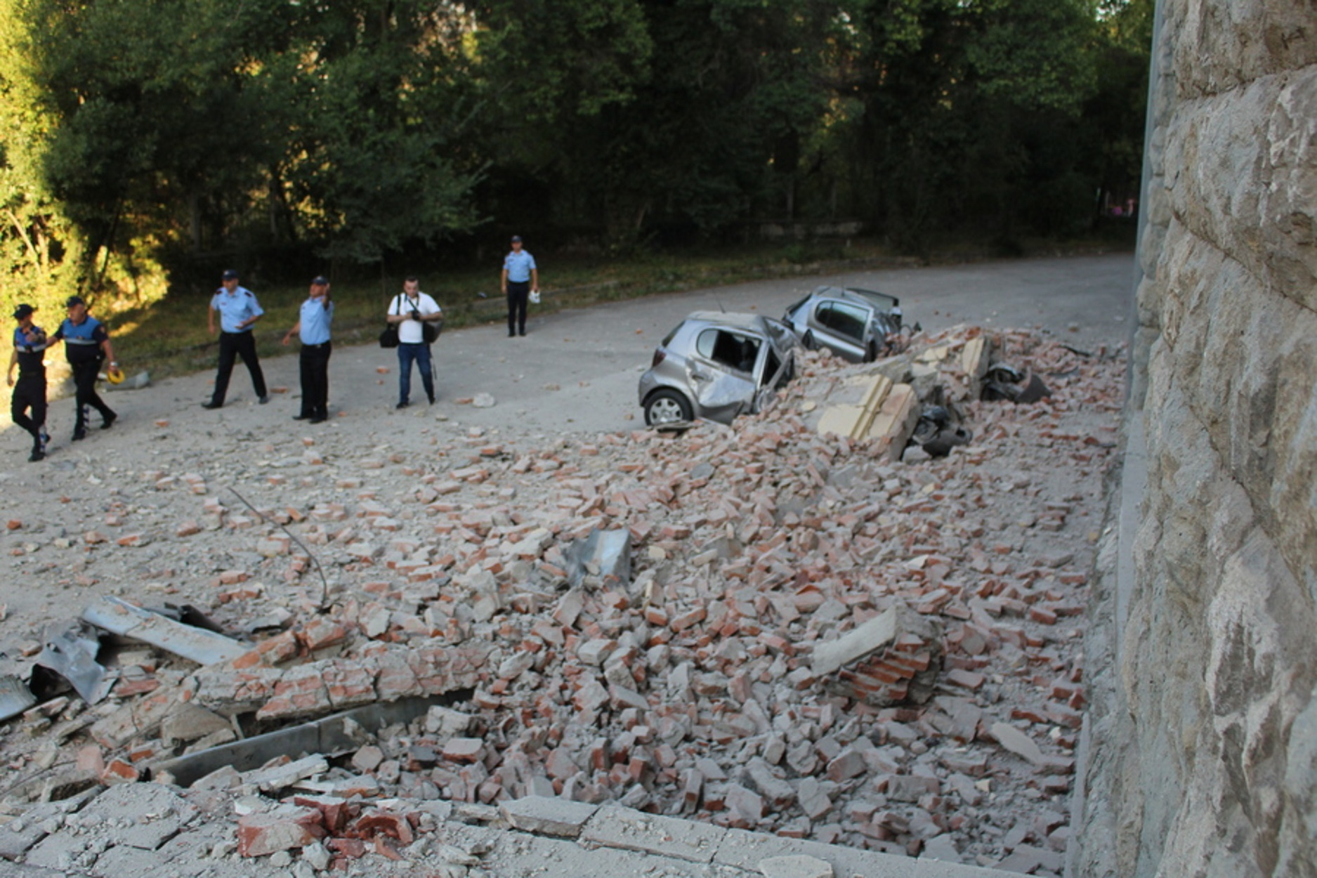 """Σεισμός τώρα στην Αλβανία: Πανικός! """"Ο ισχυρότερος των τελευταίων 30 ετών""""!"""