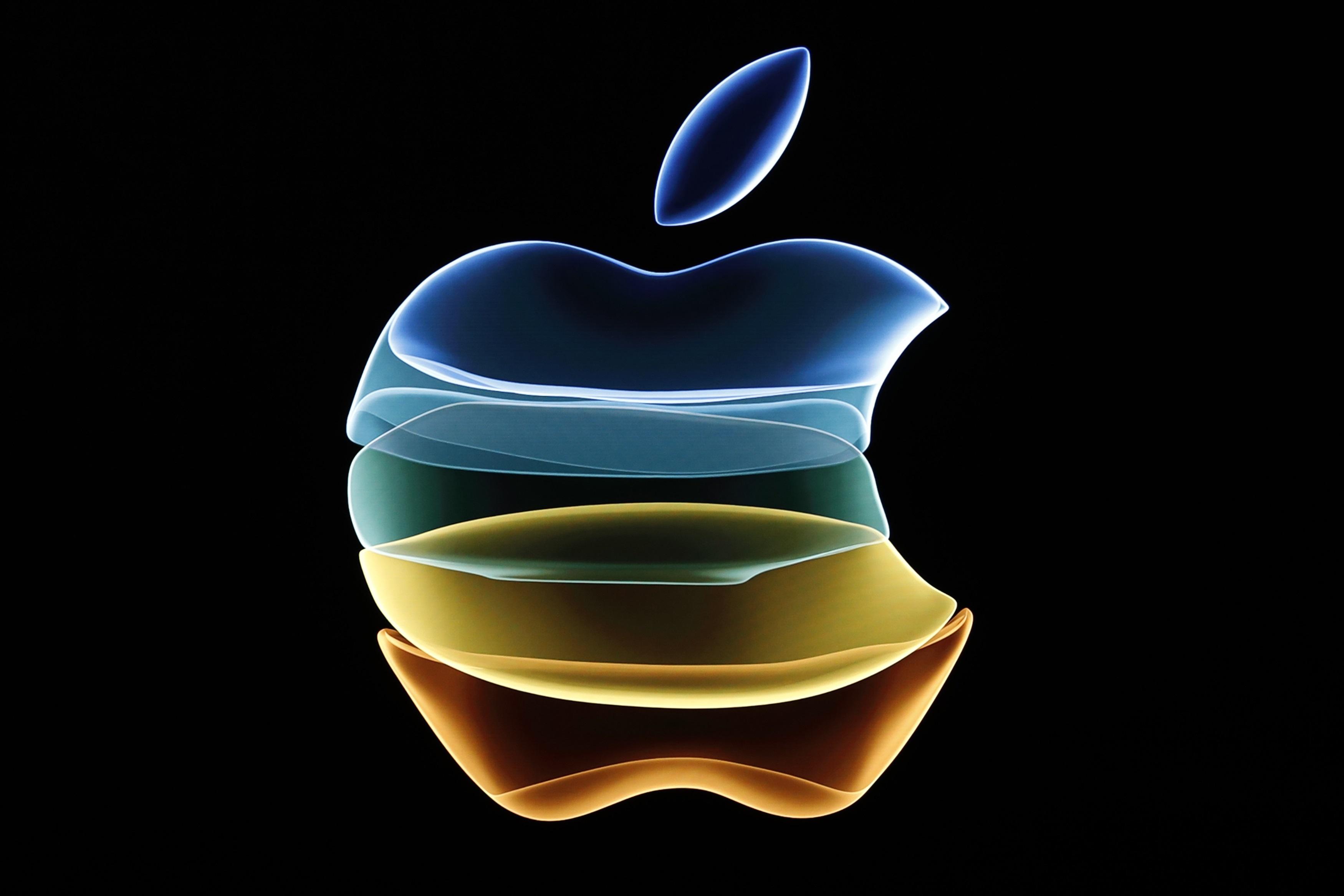 Apple η… εκλεκτή – Έτοιμος να την εξαιρέσει Τραμπ από τους δασμούς προς την Κίνα