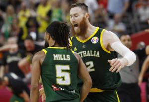 Μουντομπάσκετ 2019: Ξέφυγε! «Οι Ισπανοί παίρνουν φιλί στον π@@ κάθε φορά»