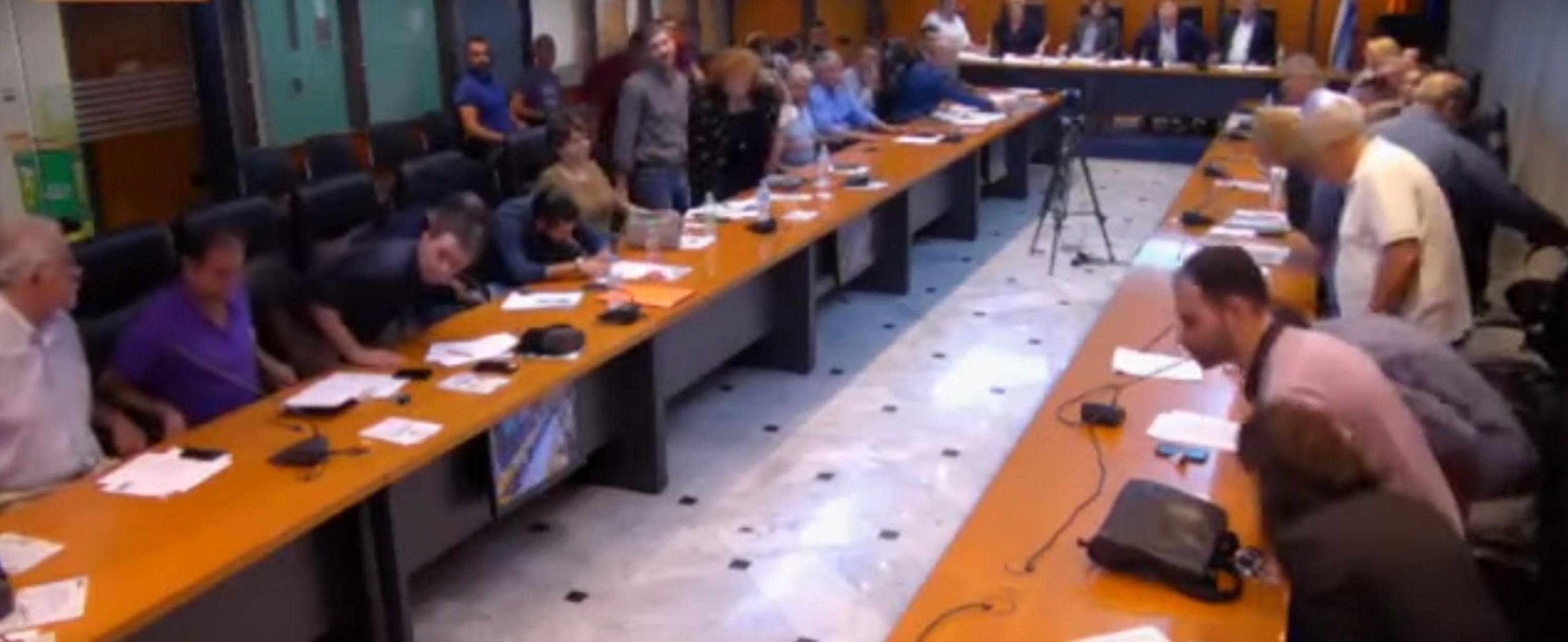 Παραίτηση στον Δήμο Ιλίου μετά τον σάλο για τον Παύλο Φύσσα – video