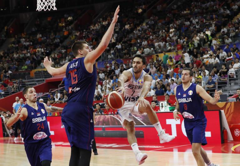 """""""Βόμβα"""" στο Μουντομπάσκετ! Η Αργεντινή απέκλεισε τη Σερβία και πέρασε στα ημιτελικά"""