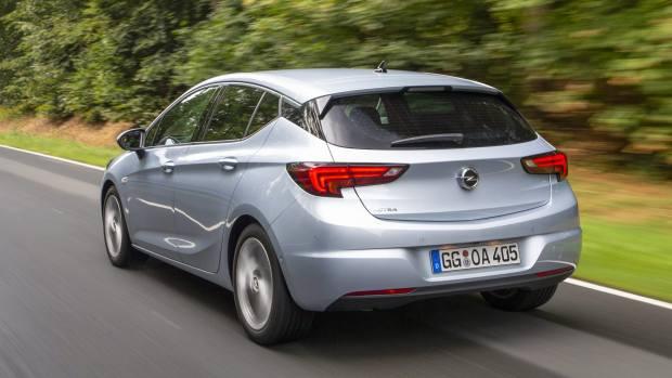 Δοκιμάζουμε το ανανεωμένο Opel Astra [pics]
