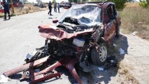Πολύ σοβαρό τροχαίο στη Λάρισα – Τέσσερις τραυματίες, οι δύο παιδιά [pics]