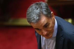 Τσακαλώτος: «Ο Μητσοτάκης ως άλλος Sir Humphrey, θα διαπραγματευτεί… σκληρά για τα πλεονάσματα»