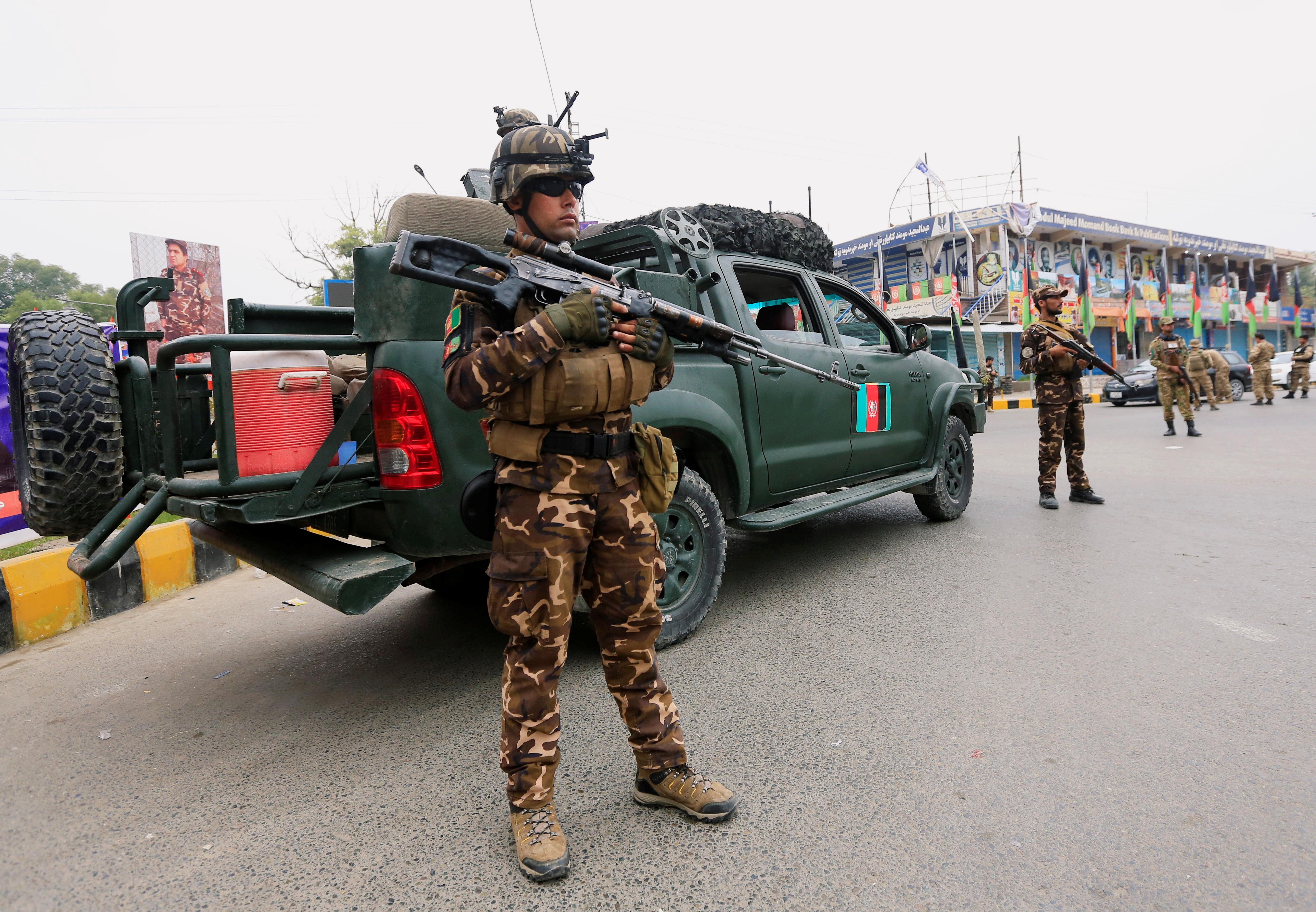 Αφγανιστάν: Οι Ταλιμπάν πίσω από τις επιθέσεις σε εκλογικά κέντρα