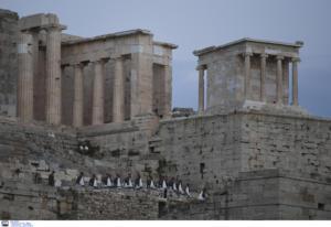 Έκλεισε το αναβατόριο στην Ακρόπολη λόγω των ισχυρών ανέμων