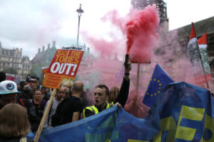 Brexit σαν… φυσική καταστροφή! Το σχέδιο της Κομισιόν