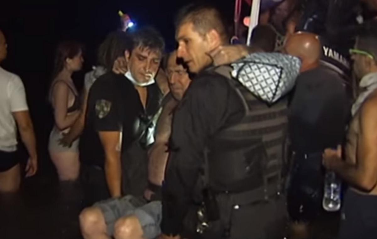 Σοκαριστικό: Μαχαίρωσαν τον «ήρωα» αστυνομικό της πυρκαγιάς στο Μάτι - «Με κάρφωσαν ύπουλα» (pics, vids)