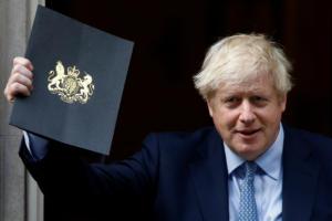 Τζόνσον: Ανατρέψτε με ή αφήστε με να υλοποιήσω το Brexit