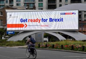 Brexit: Πολύ δύσκολη, αλλά όχι αδύνατη μια συμφωνία την ύστατη στιγμή, λέει η ΕΕ