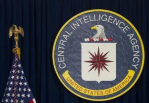 "Yπόθεση Τραμπ – Μπάιντεν: ""Ο μάρτυρας δημοσίου συμφέροντος ανήκει στη CIA""!"