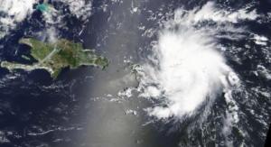 """Μπαχάμες: Τρόμος για τον κυκλώνα Ντόριαν – """"Ανέβηκε"""" στην κατηγορία 5 [pics]"""