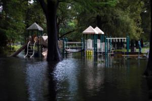 Ο κυκλώνας Ντόριαν συνεχίζει να απειλεί τις ανατολικές ακτές των ΗΠΑ – Εκκενώνονται περιοχές – Video