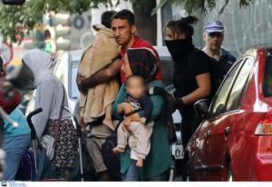 Πολλά παιδιά στην κατάληψη στη Βάθη – Εκκενώθηκε και δεύτερο κτίριο