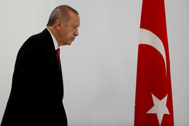 Συρία: Αμερικανοί γερουσιαστές εισηγούνται την επιβολή κυρώσεων στον Ερντογάν