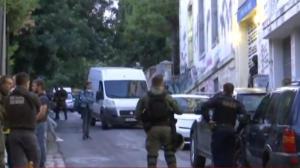 """Νέα αστυνομική επιχείρηση στα Εξάρχεια – """"Έφοδος"""" σε κατειλημμένο κτίριο"""