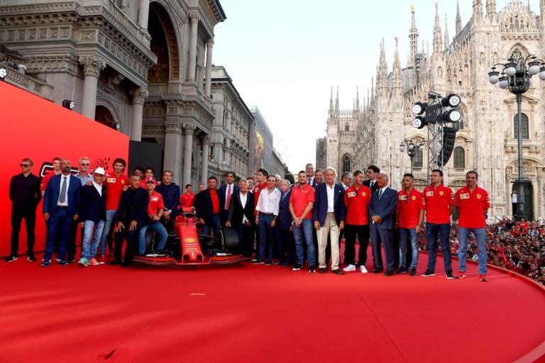 Εκπληκτική γιορτή στο Μιλάνο για τη Scuderia Ferrari [pics]