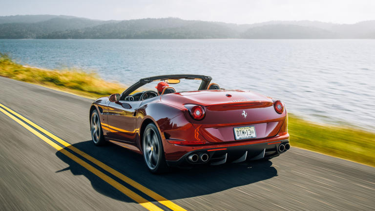 H Ferrari επιβεβαίωσε την έλευση δύο καινούργιων καμπριολέ!
