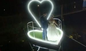 Αυτός είναι ο γάμος του… «μαλλιοτραβήγματος» με τους εφοριακούς
