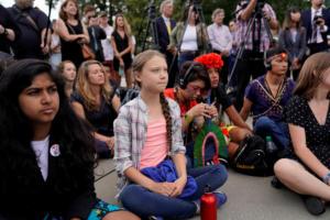 """Γκρέτα Τούνμπεργκ: """"Κραυγή"""" αγωνίας από την έφηβη ακτιβίστρια"""