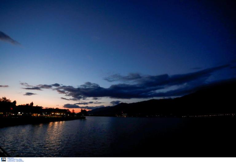 Απογευματινή βόλτα στη λίμνη των Ιωαννίνων [pics]