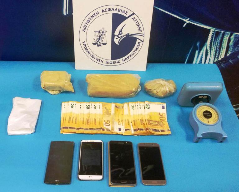Κυψέλη: Τρεις συλλήψεις για διακίνηση ηρωίνης [pic]