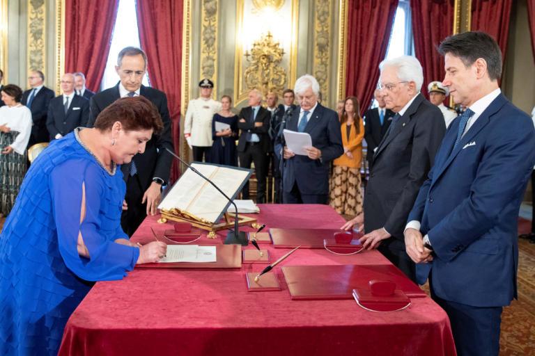 Ιταλία: Ορκίστηκε η νέα φιλοευρωπαϊκή και νεανική κυβέρνηση