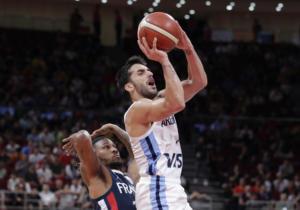 Μουντομπάσκετ 2019: Ο Καμπάτσο «χάζεψε» τον Γιουλ – video