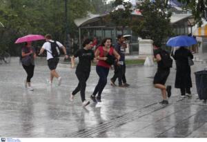 Καιρός αύριο: Επιστρέφουν οι καταιγίδες και ανεβαίνει η θερμοκρασία