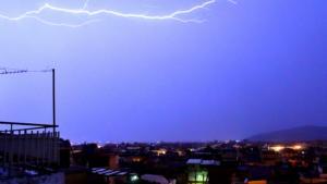 Καιρός αύριο: Εισβολή κακοκαιρίας με βροχές και καταιγίδες!