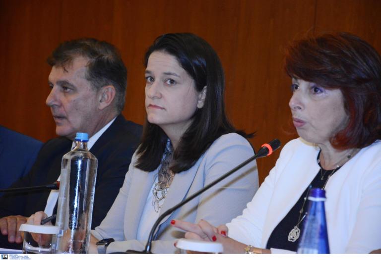 Άμεση χρηματοδότηση 12,4 εκατ. ευρώ ανακοίνωσε η Κεραμέως στη σύνοδο των πρυτάνεων