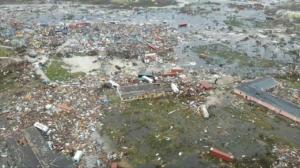 Κυκλώνας Ντόριαν: Στους 7 οι νεκροί – Νέες συγκλονιστικές εικόνες – Video